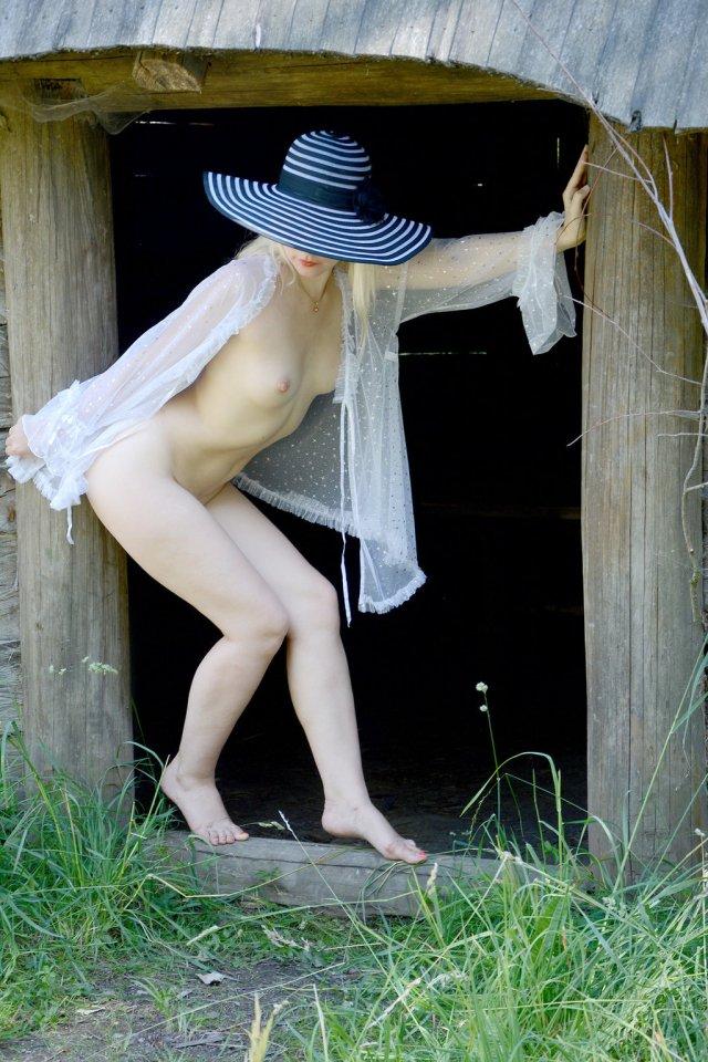 Blonde Ieva