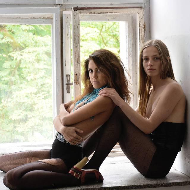 Anna & Anzhelika