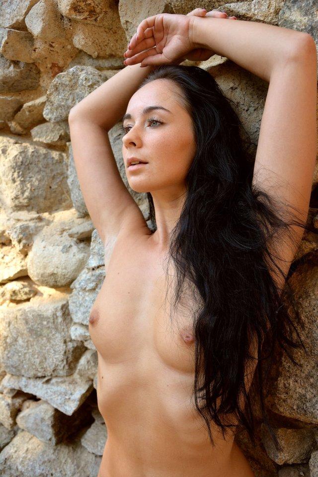 Irena Posing